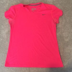 Nike Dri-Fit Tee hot pink